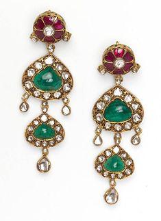 By Amrapali Jewels. Bridelan - Personal shopper & style consultants for Indian/NRI weddings, website www.bridelan.com #Amrapali #Diamonds #Emeralds #Rubies #Sapphires #Tanzanites #DiamondJewellery #IndianWeddingJewellery #BridalJewellery #WeddingNecklace #BridalNecklace #Bridelan #BridelanIndia #JewelleryInspiration #PersonalShopperIndia