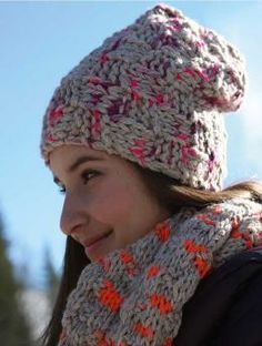Monte Viso, Loop - Free Pattern: Looped scarves need not be knitted from the bottom up.  This model is a sideways knit version with a special right-left pattern that shows the slightly irregular structure of the yarn, Schachenmayr original Lova, particularly well.  Special eye-catcher: the orange accents throughout the whole piece of knitting.