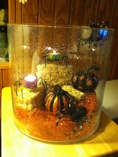 Majestic hearth hurricane decorated for Halloween #partylite #halloween