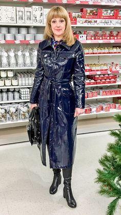 Cheap Black Rain Jacket Women S Refferal: 3179584423 Vinyl Raincoat, Yellow Raincoat, Hooded Raincoat, Yellow Coat, Plastic Raincoat, Black Rain Jacket, Rain Jacket Women, Raincoats For Women, Toe Nail Art