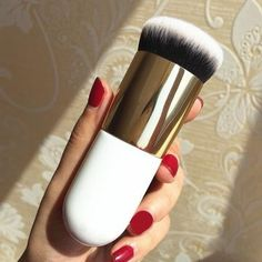 """Universe of goods - Buy """"Newly high quality Chubby Pier Foundation Brush Flat Cream Makeup Brushes Super soft Professional Cosmetic Make-up Brush for only USD. Makeup Brush Cleaner, Makeup Brush Set, Makeup Primer, Drugstore Makeup, Foundation Brush, Makeup Foundation, Foundation Cosmetics, Applying Foundation, Makeup Guide"""