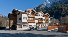 Hotel La Maison Wellness & Spa - 3 Star #Hotel - $118 - #Hotels #Italy #Alleghe http://www.justigo.ws/hotels/italy/alleghe/la-maison_176582.html