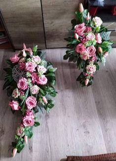 Easter Flower Arrangements, Easter Flowers, Beautiful Flower Arrangements, Floral Arrangements, Beautiful Flowers, Grave Decorations, Flower Decorations, Arte Floral, Fresh Flowers