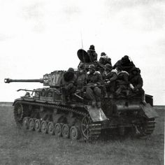 Panzer IV static with commander up and soldiers hitching a ride. #worldwar2 #tanks
