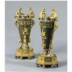 A PAIR OF BRONZE AND GILT-BRONZE VASES EMPIRE, FIRST QUARTER 19TH CENTURY
