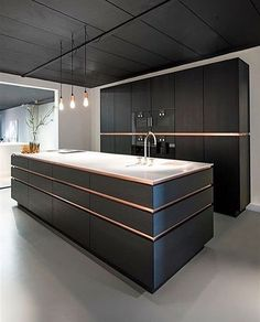 Create a pleasant cooking impression with a modern kitchen design that you can apply to your home. You will feel more fun cooking in this modern kitchen. Black Kitchen Cabinets, Black Kitchens, Luxury Kitchens, Kitchen Walls, Kitchen Black, Dream Kitchens, Wood Cabinets, Home Kitchens, Colorful Kitchens