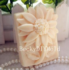 wholesale!!!1pcs 7.8x6.0x3.5cm Flowers (zx35) Silicone Handmade Soap Mold Crafts DIY Mould