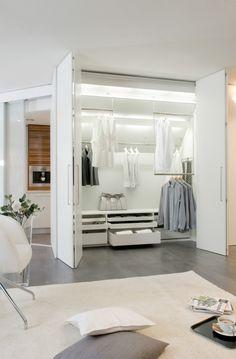 dressing met verschuifbare ophanging voor kleding er is veel mogelijk met dit systeem. Black Bedroom Furniture Sets. Home Design Ideas