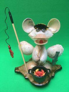 Muschel-Figur Angler... Design, Sea Shells, Cordial, Figurine, Decorations, Design Comics