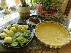 Turismo Rural: Tarta de masa quebrada con frutas de temporada Pie, Desserts, Food, Shortcrust Pastry, Pies, Pastries, Torte, Tailgate Desserts, Cake