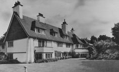 Spade House,Radnor Cliff Crescent, Sandgate, Folkestone, Kent.1899 For H. G. Wells. 1903 additional bay by Voysey. . It was at SpadeHouse that Wells wrote 'Mankind in the making', 'A Modern Utopia', 'In the Days of the Comet', 'The New Machiavelli', 'The War in the Air', 'Tono Bungay', 3ungay', 'Anticipations', 'The Food of the Gods', 'Ann Veronica', 'Kipps', 'The History of Mr Polly', 'New Worlds for Old', and 'First and Last Things'.Later extensive alterations, now a private nursing…