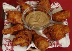 Recette: Poulet croustillant KFC Kentucky - Circulaire en ligne Kfc, Valeur Nutritive, Kentucky, Meat, Chicken, Food, Cooking Recipes, Crispy Chicken, Chicken Legs