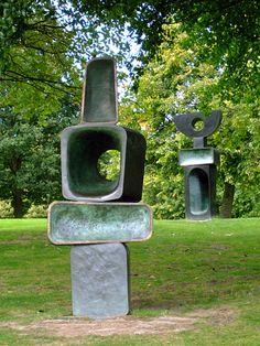 Yorkshire Sculpture park - going tomorrow for Easter Monday Pottery Sculpture, Sculpture Clay, Bronze Sculpture, Metal Sculptures, Sculpture Rodin, Modern Art Sculpture, Outdoor Sculpture, Outdoor Art, Garden Sculpture
