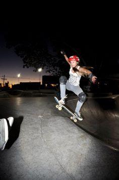 Mônica Cardoso de Porto Alegre - Clube do skate
