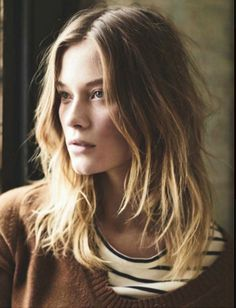 love how it looks so effortless: ombre blonde highlights, mid length hair, center part, soft waves, beachy