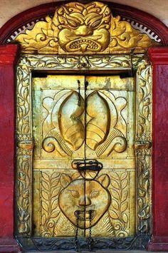 Nepal - Tansen - Bhagwati Temple - Golden Door- by Cris Figueired♥ Knobs And Knockers, Door Knobs, Door Handles, Porches, Les Doors, Windows And Doors, Cool Doors, Unique Doors, Nepal