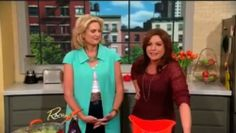 WATCH: Ann Romney Makes 'Mitt-Loaf Cakes' For Rachael Ray