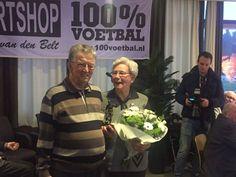 http://www.apeldoorn-nieuws.nl/jan-roelofs-in-het-zonnetje-gezet-door-sv-orderbos-als-75-jarig-lid/ --  Jan Roelofs in het zonnetje gezet door SV Orderbos