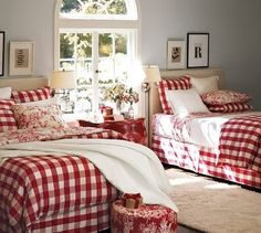 34 Perfect Decorating Christmas Bedroom Red And White - firstmine Red Bedroom Design, Bedroom Red, Interior Design, Bedroom Linens, Modern Interior, Plaid Bedroom, Red Bedrooms, Comfy Bedroom, Extra Bedroom
