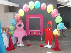 Yo Gabba Gabba party ideas - cut outs for photos as well as TV for super music friend show photo