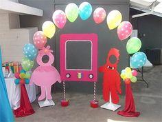 Yo Gabba Gabba party ideas - cut outs for photos as well as TV for super music friend show photo