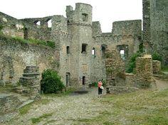 0002-Rheinfels castle-St Goar-June 2004