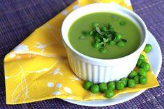 Zupa krem z zielonego groszku na przekór zimie - mascarpone