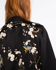 Then pick up this floral embroidered bomber jacket. The luxe satin finish-look adds to the elegance of the design. Embroidered Clothes, Embroidered Flowers, Mode Style, Style Me, Gypsy Style, Embroidered Bomber Jacket, Look Boho, Fashion Details, Fashion Trends