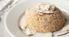[ Bowlcake healthy à la noix de coco – Myprotein Here's a recipe for vegan and healthy coconut bowlcake, enough to make you happy while carving a dreamlike silhouette! Healthy Dessert Recipes, Healthy Breakfast Recipes, Easy Desserts, Gourmet Recipes, Diet Recipes, Healthy Snacks, Vegan Recipes, Vegan Snacks, Bowl Cake