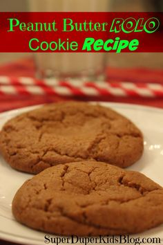 Peanut Butter ROLO Cookie Recipe - easy recipe and delicious! I Love Food, A Food, Good Food, Food And Drink, Food Kids, Yummy Food, Rolo Cookies, Cookie Brownie Bars, Peanut Butter Cookies