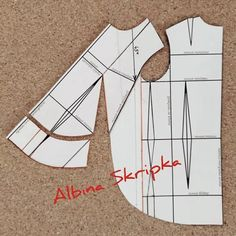 Best 12 Tank top, with French darts in front on Bias & a ruffled flounce (without side panels) – SkillOfKing. Sewing Lessons, Sewing Class, Sewing Studio, Sewing Patterns Free, Sewing Tutorials, Sewing Projects, Dress Making Patterns, Pattern Making, Sewing Blouses
