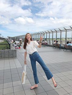 채버블 chaebubble fashion street style korean spring summer cute - New Ideas Street Style Korea, Korean Summer Outfits, Korean Fashion Summer Street Styles, Cute Korean Fashion, Korean Fashion Ulzzang, Korean Fashion Winter, Cool Summer Outfits, Korean Fashion Trends, Korea Fashion