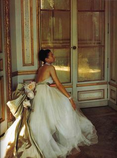 Dior 1947 Photographed by Louise Dahl-Wolfe at the Chateau de Madrid.