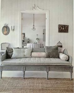 Fabulous texture and soothing colors. Great settee! Castles Crowns and Cottages