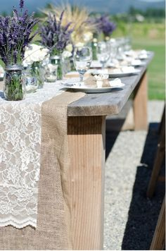Such a pretty idea for a rustic wedding in a barn or meadow.  Love the lavender in mason jars and the table decor. The venue is Red Barn Ranch in San Diego  760 742-0099