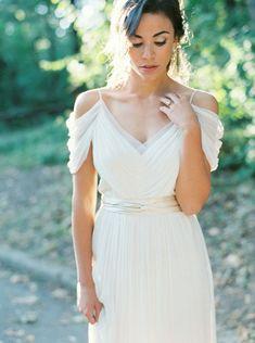 Simplistic Bridal Session Ideas