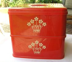 VINTAGE+2+PC.SQUARE+RED+PLASTIC+KITCHEN+CANISTER+SET+STACKABLE+MADE+IN+ENGLAND+