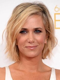 tad below the chin, choppy, a little messy, casual cool Actress/comedian Kristin Wiig