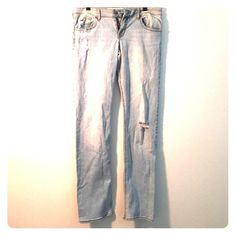 SALEHollister jeans Light Hollister jeans with rips, lightly worn Hollister Jeans Straight Leg