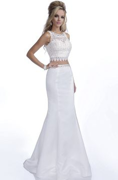 Eleni Elias In Stock! See why Eleni Elias is the perfect gown. Long Mermaid Dress, Chiffon Dress Long, Chiffon Evening Dresses, Mermaid Evening Dresses, Beaded Chiffon, Tulle Dress, Lace Dress, Lace Mermaid, Gown Dress
