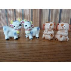 Vintage Salt and Pepper Shakers Spotted Dogs and by WishfulSpirit, $15.00