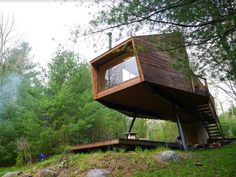 """This is the Modern Willow Treehouse in Willow, New York shown to us thanks to Derek """"DEEK"""" Diedricksen of RelaxShacksand host of the upcoming Tiny House Summer Camp 5! Deek calls it th…"""