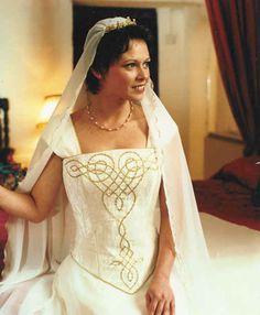 1000 images about celtic wedding dress on pinterest for Scottish wedding guest dress