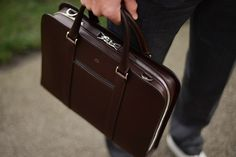 Made in Italy with full-grain, vegetable-tanned leather. A contemporary briefcase acting as a personal portfolio; an everyday companion for the modern gentleman. Leather Duffle Bag, Leather Laptop Bag, Leather Briefcase, Backpack Bags, Laptop Backpack, Tote Bags, Leather Men, Leather Jackets, Pink Leather