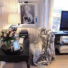 Credit to: @sweethomeliving ______________________________________✨✨Have a great day! ______________________________________ #inredning #inredningsdetaljer #inspiration #interior #interiör #interiores #decora #onetofollow #homestyling #homedesign #instagram #interiordesign #maison #casa #decoracion #innere  #interiordecor #style #lovely #homedecor #cozy #classy #dream #amazing