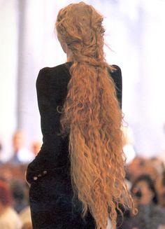 Chanel Fall/Winter 1997 Haute Couture