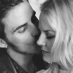 Captain Swan ❤ Once upon a time lovers will get :)