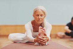 Lo yoga non prende tempo, ti restituisce il tempo. G. Bianco #buonasera #pensieri #yoga #yogaitalia #benessere #salute #sport #fitness #SpineYoga