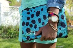 Glimmer-Dot-Sequin clutch