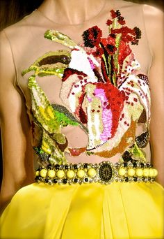 Naeem Khan S/S 2011 | Keep the Glamour | BeStayBeautiful